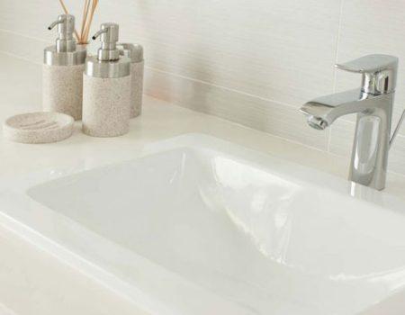 proquartz-bathroom-top-with-quartz-basin